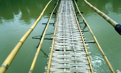 Passerele de bambous