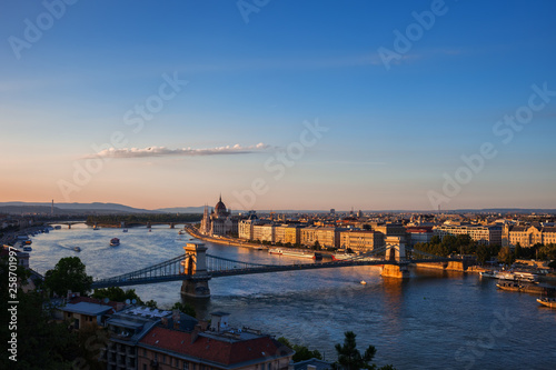 fototapeta na ścianę City Of Budapest And Danube River At Sunset
