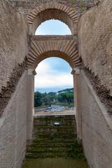 Intérieur de Colisée à Rome en Italie