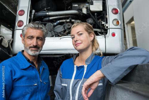Leinwandbild Motiv motorhome garage mechanic