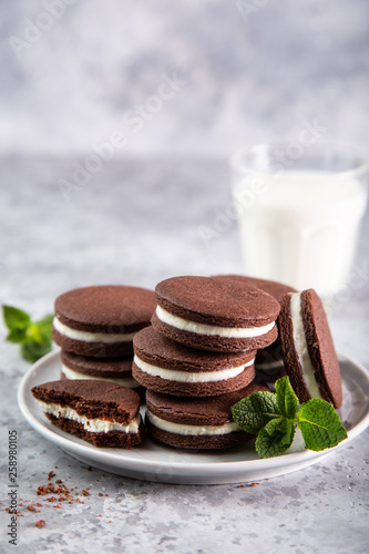chocolate cookies with cream cheese filling