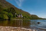 Irlanda, Connemara. Abbazia di Kylemore. Fu edificata in stile neogotico nel XIX secolo dal finanziere e parlamentare inglese Mitchell Henry