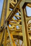 Tower Bridge Bruecke von der Seite in Sacramento, Kalifornien, USA