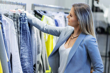 Sales assistant in clothing store