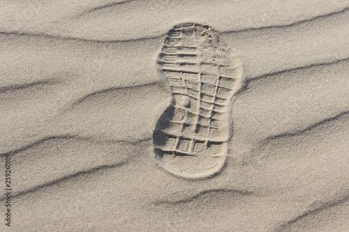 Single shoe footprint