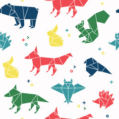 Seamless pattern of forest animal in origami style. Bear, rabbit, squirrel, hedgehog, fox, bird, wolf, owl and rat repetition background.Vector illustration.