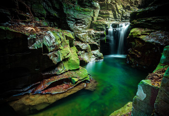 Waterfall in Macquarie Pass Australia © Leah-Anne Thompson