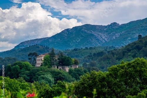 Leinwanddruck Bild Schloss Vauvenargues,  Provence