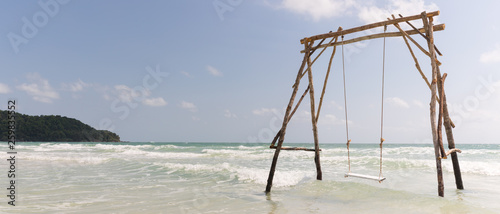 Big swing in the shallow waters of Sao Beach - 259835552
