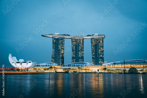 Singapore Marina Bay Sands at twlight