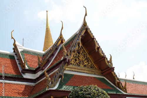 Fototapeten Bangkok 07 February 2019, Bangkok, Thailand, Royal Palace temple complex. Buildings and architectural elements.