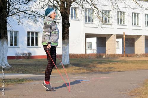fototapeta na ścianę woman goes in for sports