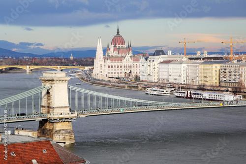 Szechenyi Chain Bridgem Budapest, Hungary