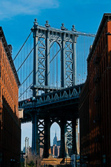 The Manhattan Bridge on a sunny day