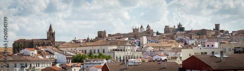 Casares miasto w Hiszpanii w prowincji Estremadura - 260541399