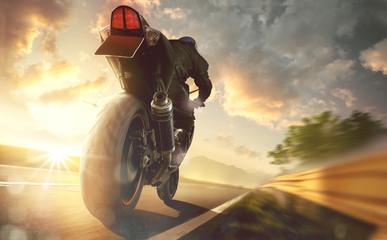 Motorrad auf einer Landstraße