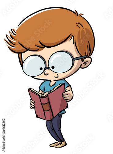 niño leyendo un libro con gafas - 260622360