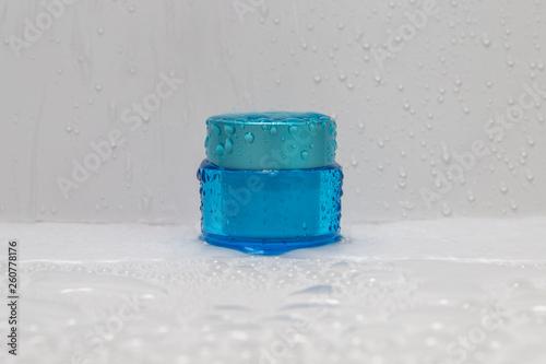 Cream jar ,bottle was raining - 260778176