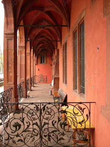 canvas print picture Schmiedeeisen an einem Bogengang am Isenburger Schloss