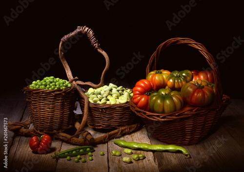 natura morta con piselli,fave e pomodori © schiros