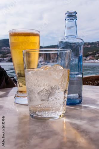 canvas print picture Bier und Gin - Tonic auf Mallorca
