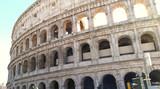 Vista de afuera del Coliseo romano