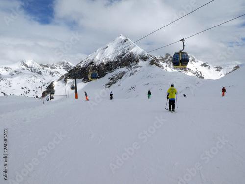 Abfahrt von der Zehnerkarspitze ins Tal - 261594744