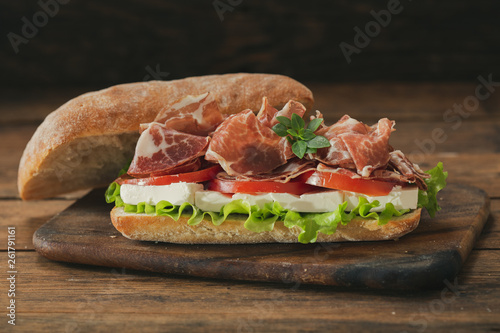 sandwich with ham and vegetable © Nitr