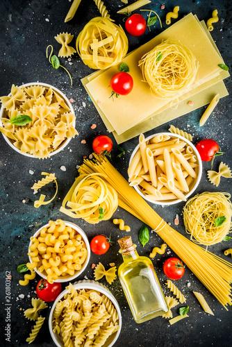 Leinwanddruck Bild Italian pasta assortment
