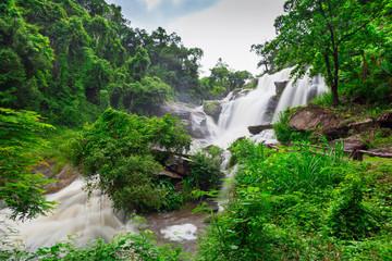 Mae Klang Wasserfall in Thailand
