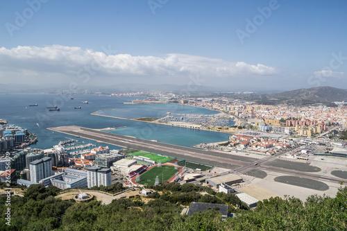 canvas print picture Blick vom Berg Gibraltar auf den Hafen und der Gibraltar Bucht