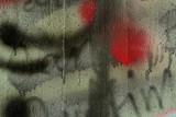 Graffiti Detail in Schwarz, Weiß und Rot
