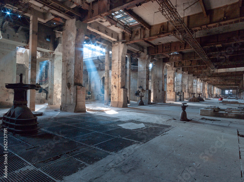 abandoned old factory - 262737191