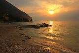 romantischer Sonnenuntergang in Gargnano am Gardasee