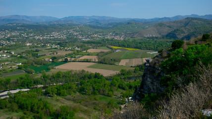 Blick vom Panorama des Jastres oberhalb von Aubenas in der Ardeche