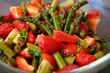 canvas print picture - Erdbeeren Spargel Salat 02