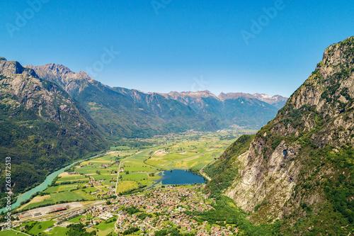 Valchiavenna (IT) - Vista aerea panoramica da Novate Mezzola